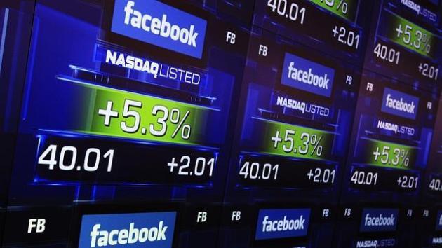 Facebook se lanza a la bolsa de Wall Street